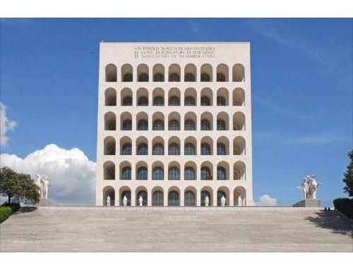 Visita al palazzo della civiltà italiana